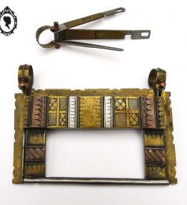 1 Cadenas serrure Touaregs Tuareg en cuivre rouge jaune ou laiton et argent œuvre d'art ancien